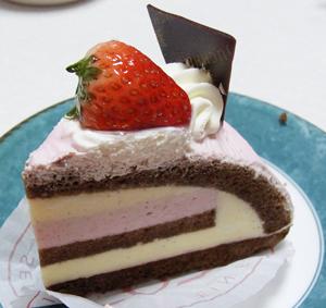 ユーハイム・ディー・マイスターケーキ