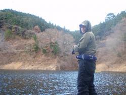 コピー (2) ~ 東山湖釣行 005