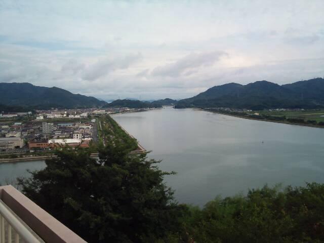 神島大橋方向