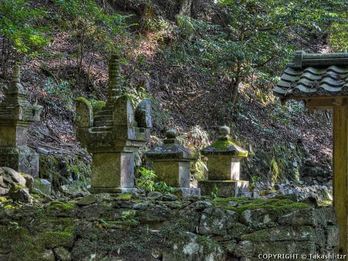 高山寺境内