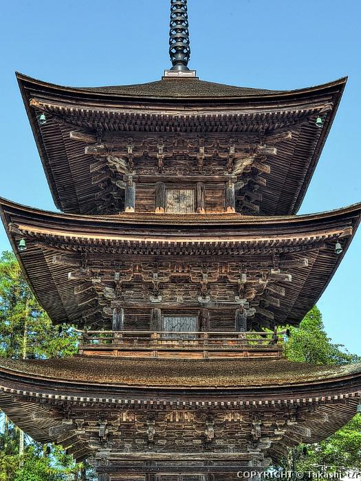 日吉神社三重塔