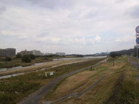 関戸橋下流方面