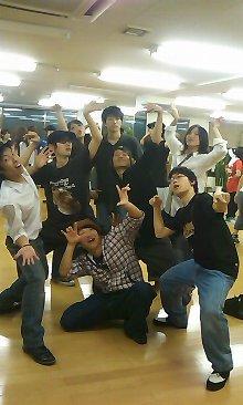 中大 ダンスサークル_陽気な仲間たち02