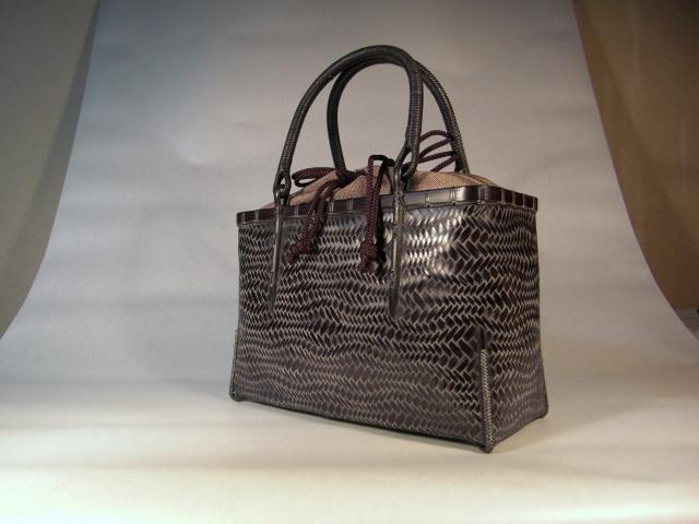 荒波網代のバッグ