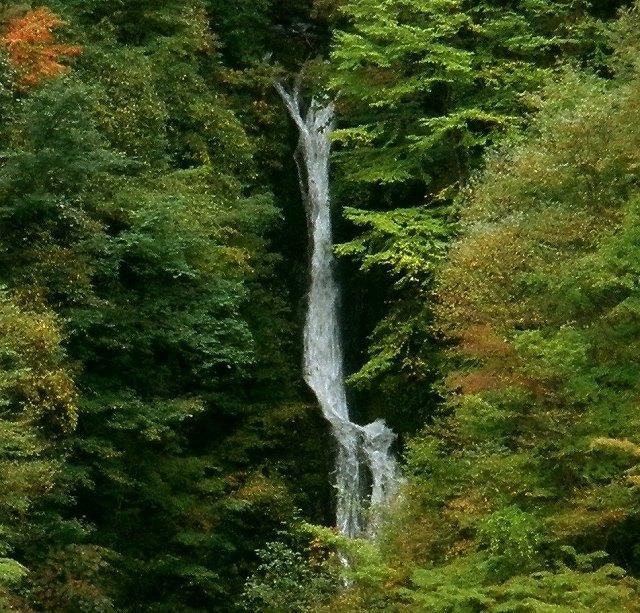 新里村 長松の滝