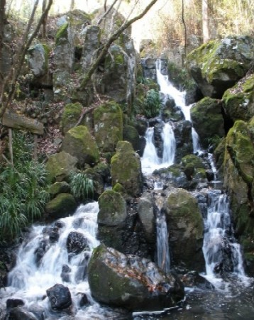 気仙沼 五月雨の滝