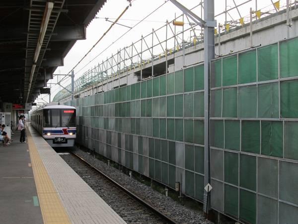 高架橋の本体工事が概ね完了した新鎌ヶ谷駅。