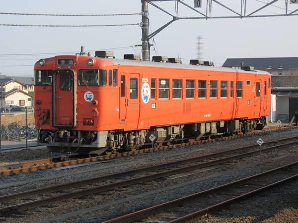烏山線のキハ40系気動車。