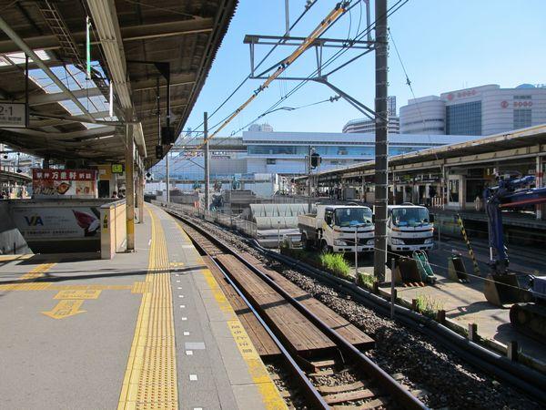 解体がほぼ完了した駅ビルペリエ1。7月の記事の冒頭写真とほぼ同位置から撮影。