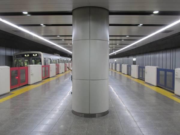 京王線国領駅