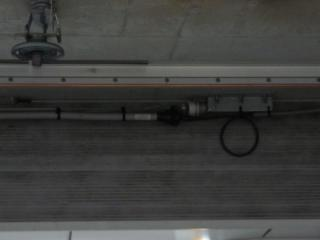 天井には東急空間波無線用LCXが新設された。