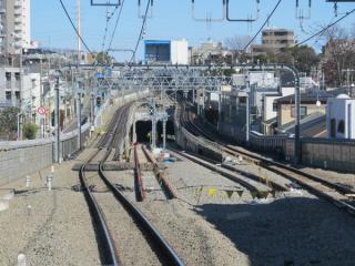 上り列車から新旧切替地点を見る。