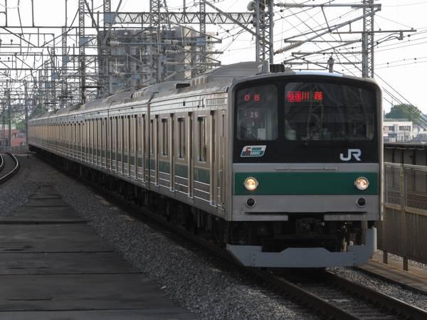 埼京線の205系(6ドア車連結編成)