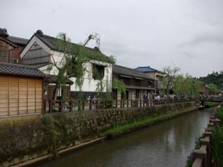 佐原・小野川沿いの歴史的建造物群。