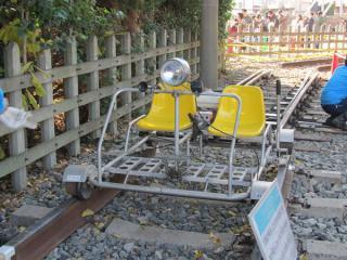 展示された軌道用バイク