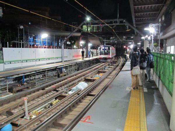 切替工事着手直前の代官山駅。