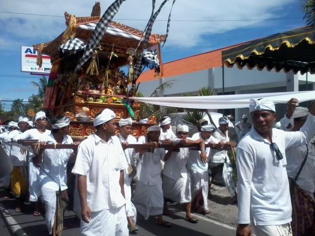 ニュピ祭り1