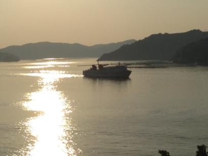 夕日に輝く海①