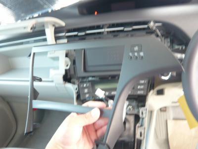 30プリウス LEDエディション HDDナビ取付