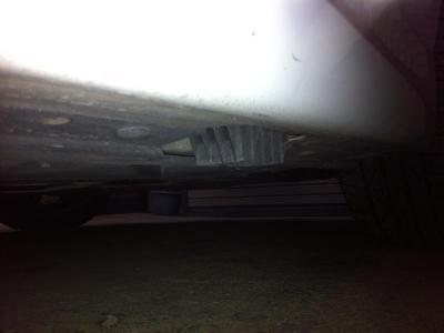 E90 BMW ブレーキパッド交換