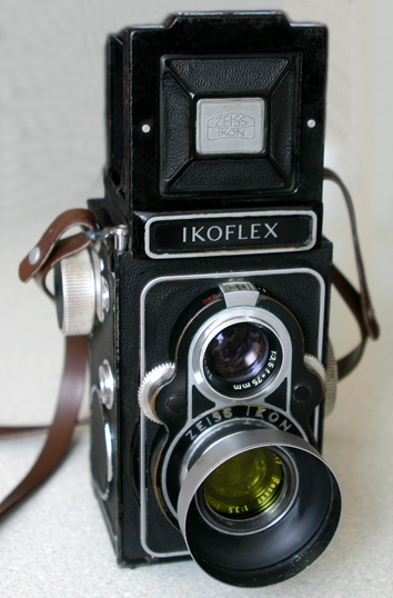 File.14) ZEISS IKON・IKOFLEX Ⅱ...