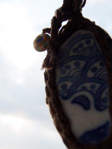 20110325陶片ネックレス03