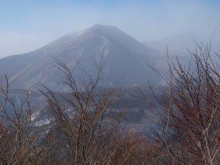 s07山頂より泉ヶ岳1