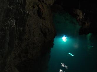 ドラゴンブルーの水底☆