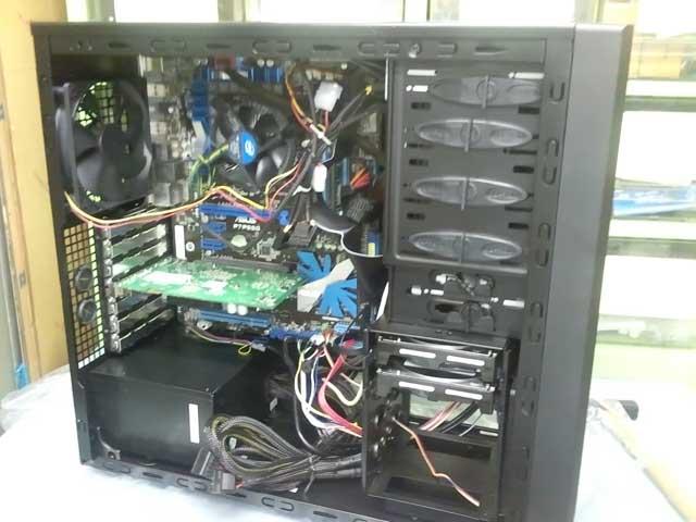 コンピュータ19