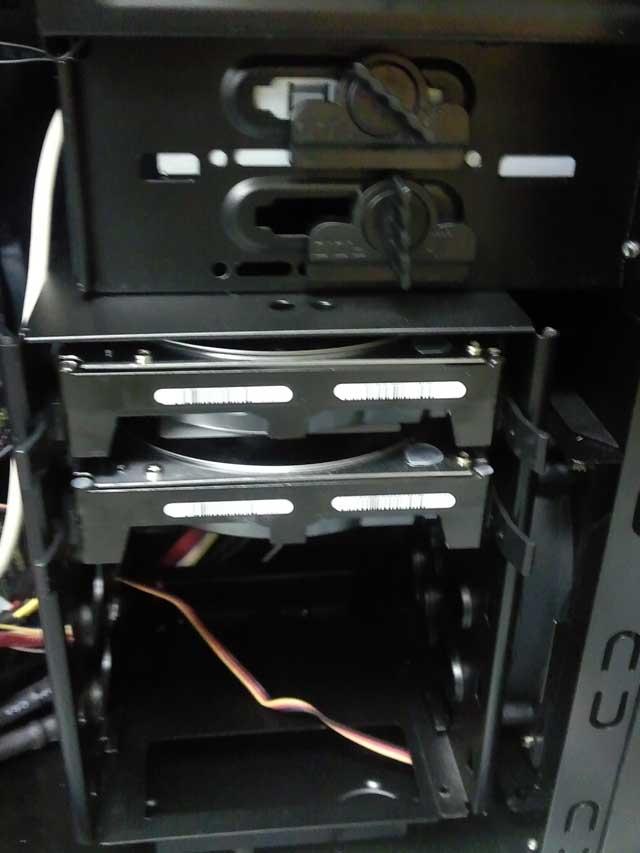 コンピュータ20