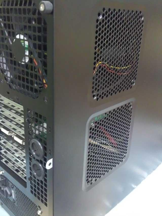 コンピュータ21