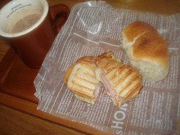 今日の朝食・・