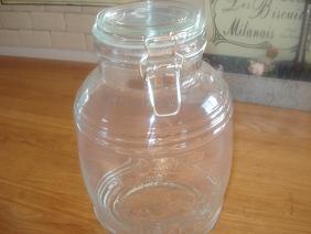 梅シロップ用の瓶