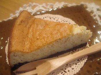 紅茶のスフレチーズケーキ
