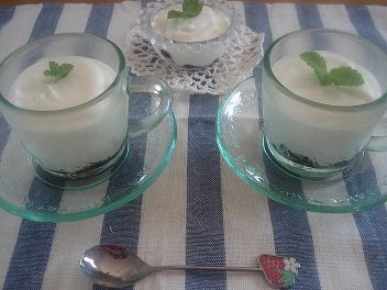 ヨーグルトレアチーズ