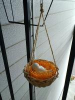 玄関前小鳥アレンジ