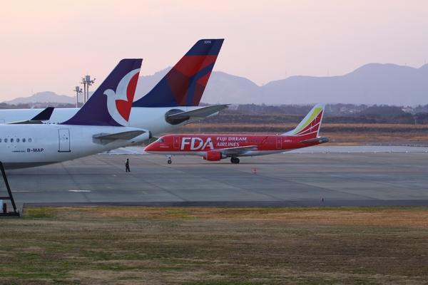 1112静岡空港③ (68)FC2