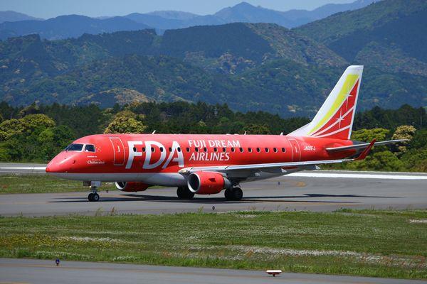 1305静岡空港① (57)FC2