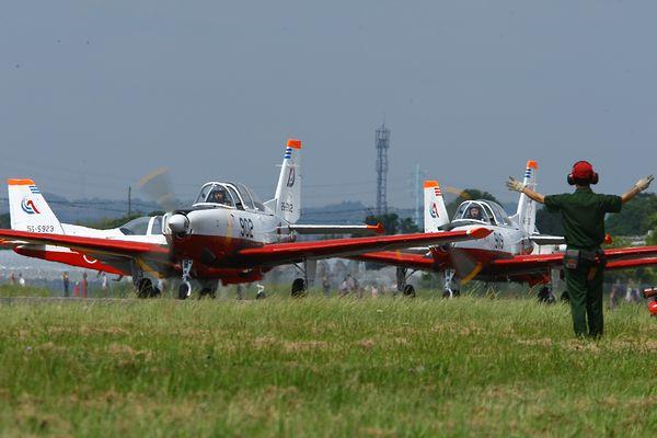 1305静浜基地航空祭① (30)FC2