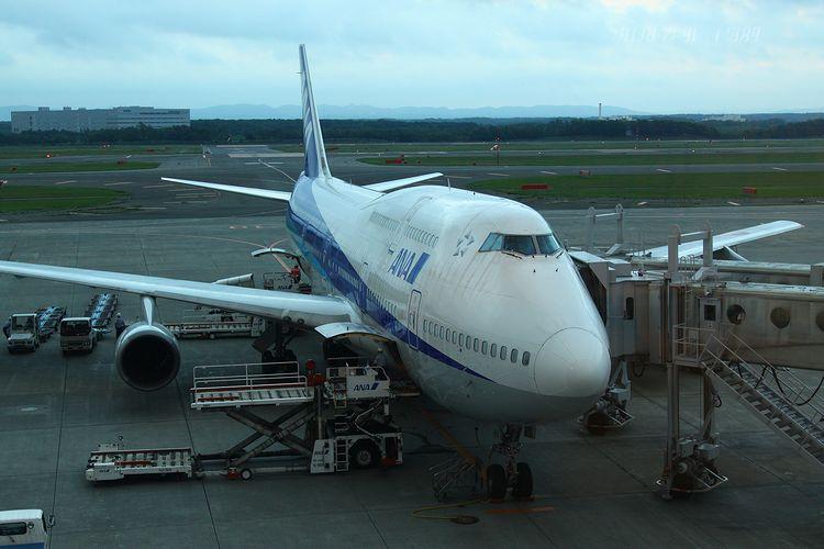 1308新千歳空港 (372)FC2