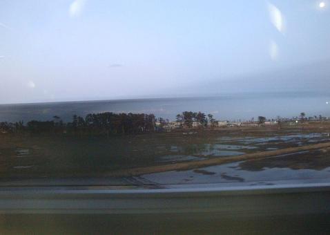 電車の窓からの景色