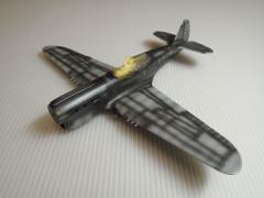 P-40E019.jpg
