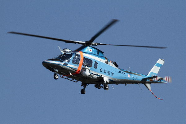 Agusta109E JA03EP RJOM 101206 002