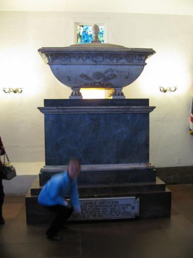 James_Smithsons_tomb.jpg