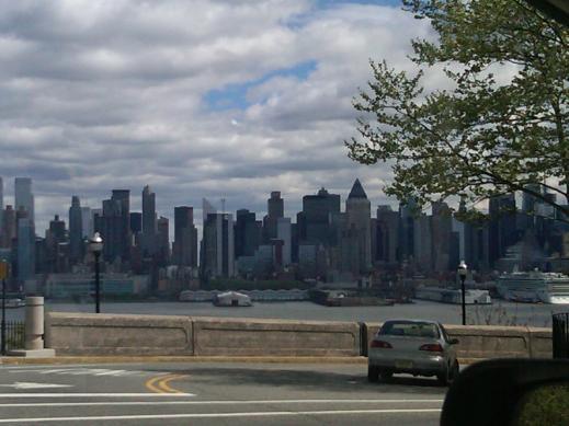 NY_from_NJ.jpg