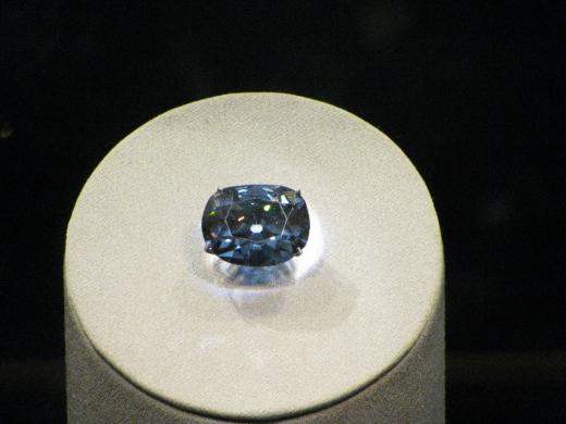 hope_diamond02.jpg