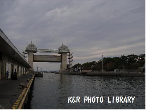 大きな水門
