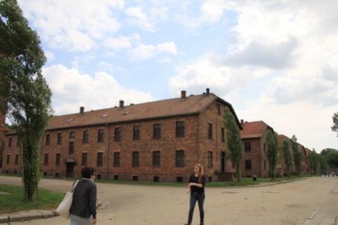 アウシュビッツ 囚人棟