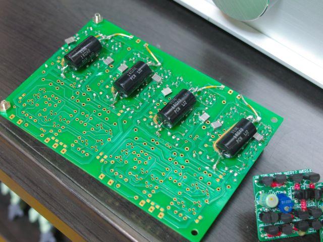 PCM1704-3.jpg