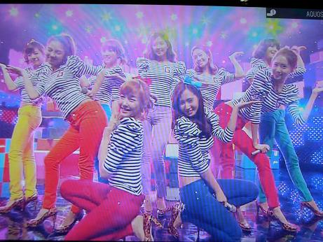 SNSDMusic station 101022 023s